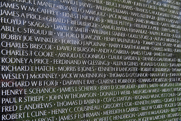 USA-Vietnam_Veterans_Memorial